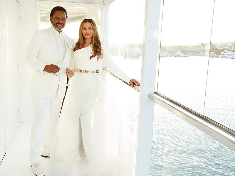 Introducing the new Tina + Richard Lawson! Tina stunned in a sophisticated Romona Keveza column style dress.