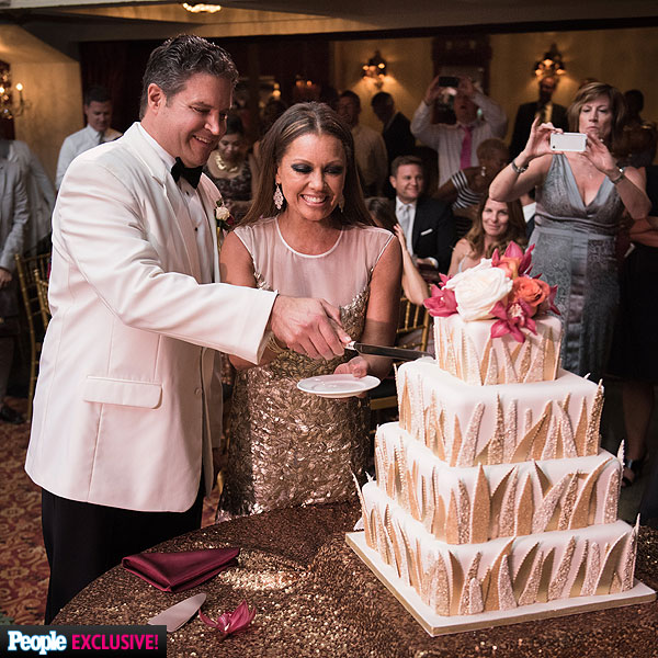 Saving the Best for Last: Singer/actress Vanessa Williams ties the knot in a glam July 4th NY affair!