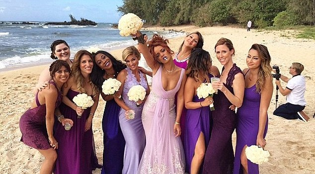 Rihanna might be the best bridesmaid ever!