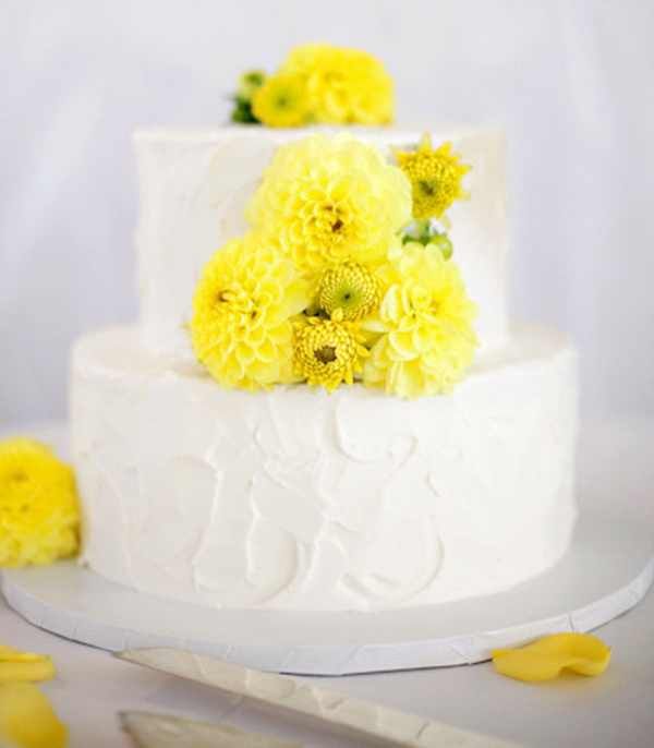 Yellow is the perfect hue for spring nuptials