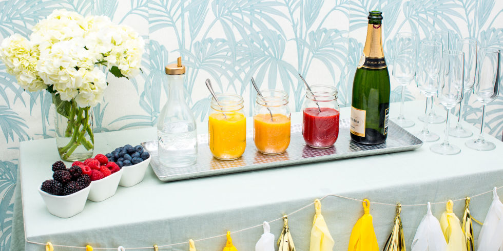 Surprise your guest with a DIY Bellini Bar!